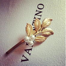 Gold Leaf with Pearl Hair Pin